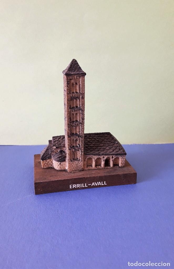 Coleccionismo: ERMITA PRERROMÁNICA DE ERRILL-AVALL. MAQUETA - Foto 3 - 155858406