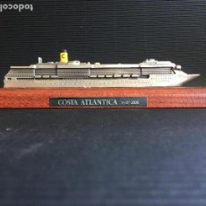 Coleccionismo: MAGNIFICA MAQUETA METALICA SOBRE BASE DE MADERA DEL CRUCERO EUROPEAN VISION. Lote 156038010