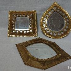 Coleccionismo: LOTE DE TRES ESPEJOS PEQUEÑOS DE PARED . Lote 156659950