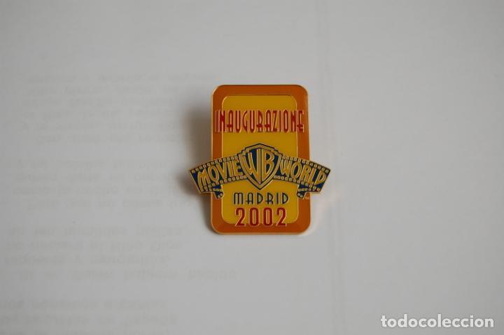 PIN WARNER BROS MADRID. (Coleccionismo - Varios)