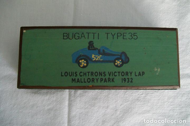 Coleccionismo: CAJITA-LAPICERO BUGATTI TYPE 35 LOUIS CHTRONS VICTORY LAP MALLORY PARK 1932 - Foto 2 - 158234914