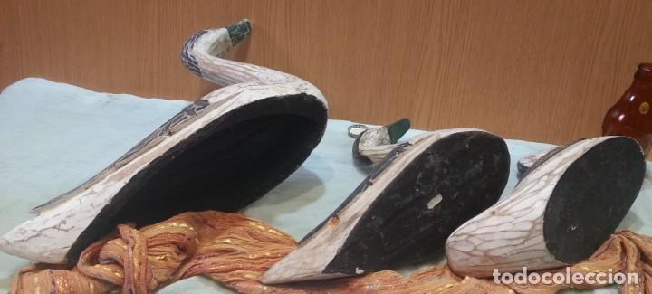 Coleccionismo: Patos señuelo. En madera policromada. Antiguos. Años 60-70 - Foto 9 - 159537222