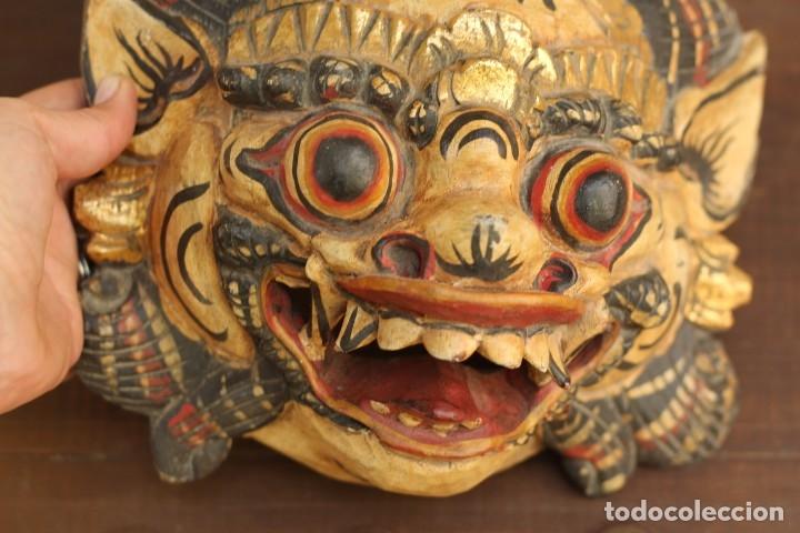 Coleccionismo: Mascara tallada de la India en madera policromada Diosa Tailandesa - Foto 6 - 153550597