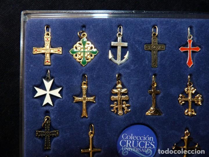 Coleccionismo: COLECCIÓN 30 CRUCES UNIVERSALES BAÑADAS EN ORO Y PLATA. LAS PROVINCIAS, 2003. COMPLETA CON ESTUCHE - Foto 3 - 161327902