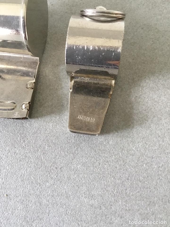 Coleccionismo: Dos Silbatos metal Alemania y Hong Kong - Foto 9 - 150674344