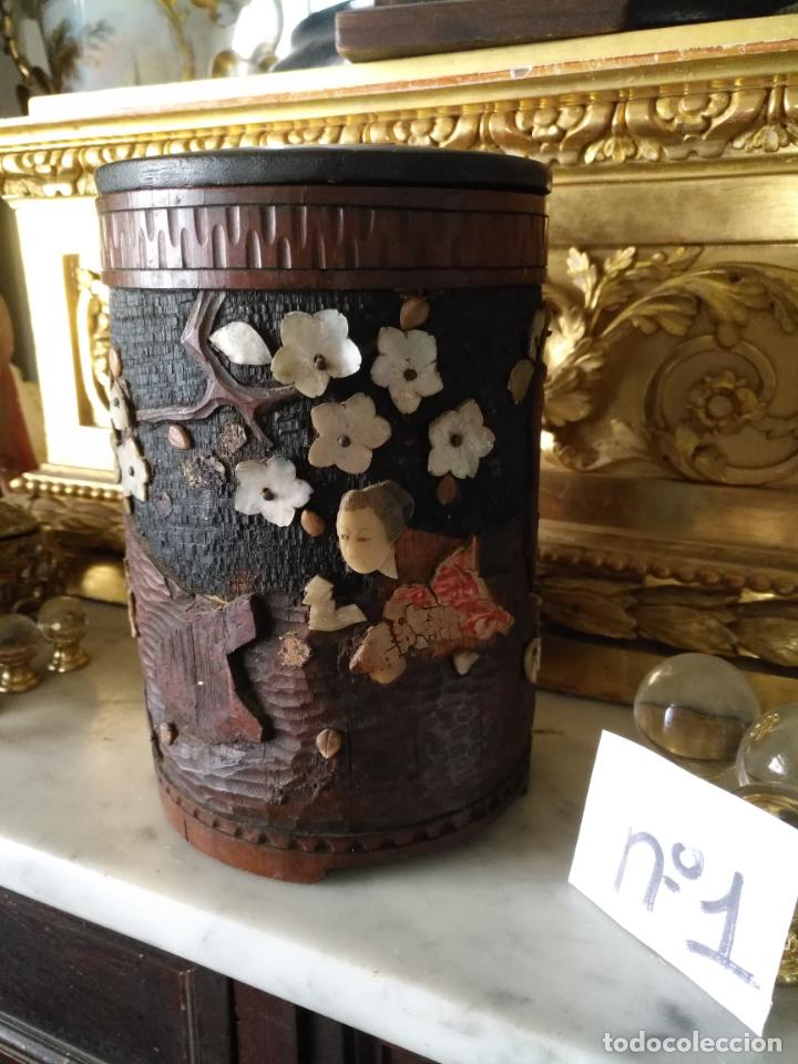 Coleccionismo: pieza de museo original purera oriental tallada en madera y decorada con nacar madreperla leer - Foto 2 - 162571474