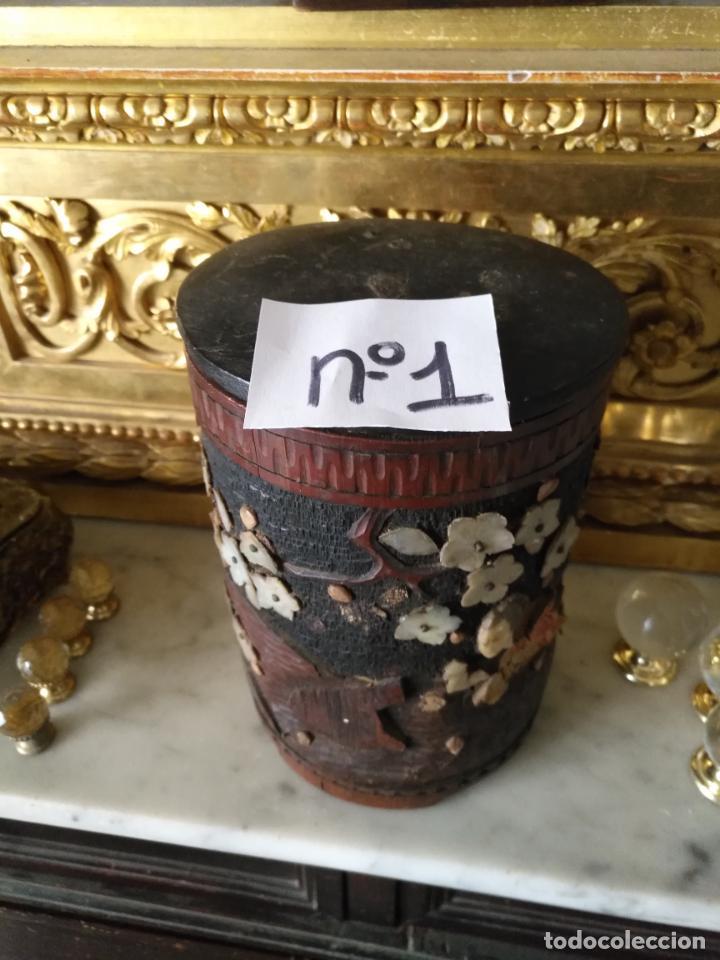 Coleccionismo: pieza de museo original purera oriental tallada en madera y decorada con nacar madreperla leer - Foto 3 - 162571474