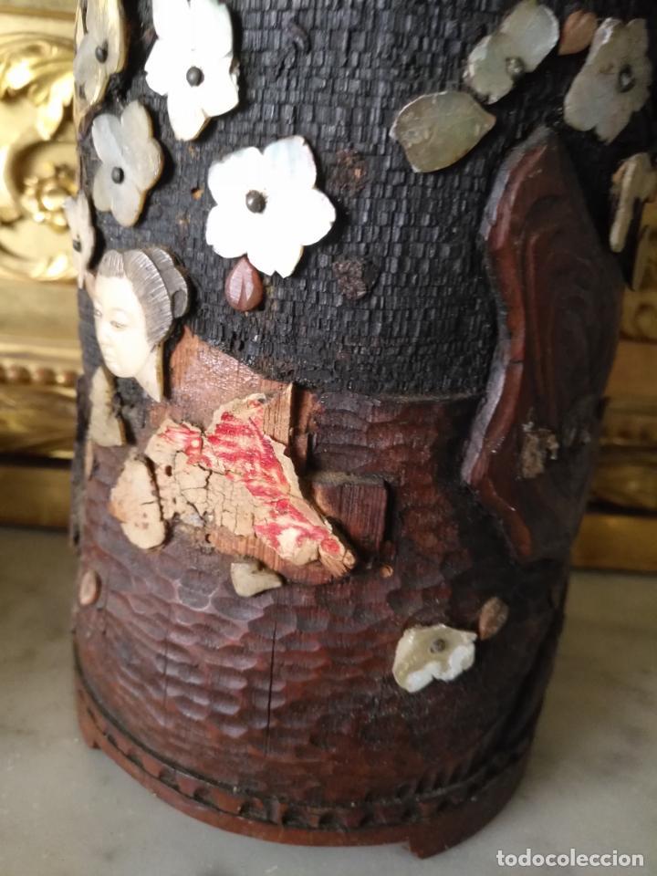 Coleccionismo: pieza de museo original purera oriental tallada en madera y decorada con nacar madreperla leer - Foto 14 - 162571474