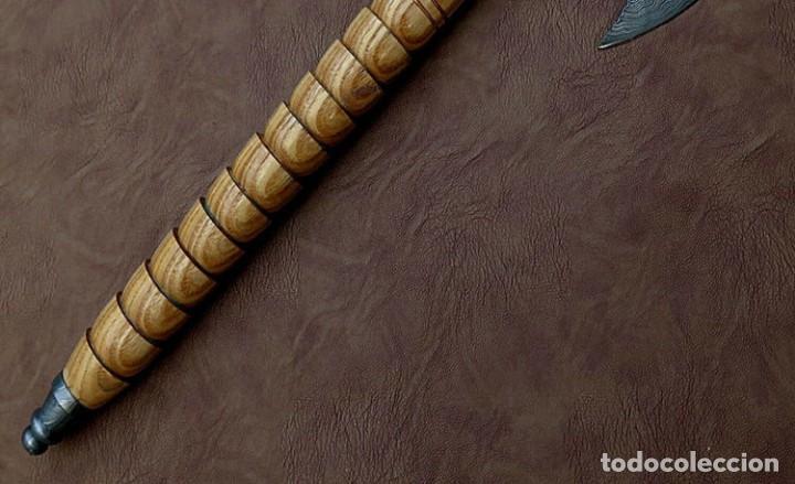 Coleccionismo: hacha en acero de damasco artesanal. 41cm largo - Foto 4 - 163529238