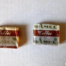 Coleccionismo: LOTE DE 2 ANTIGUOS CARAMELOS TOFFEE DE DAMEL. AÑOS 60.. Lote 163633768