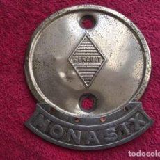Coleccionismo: AUTOMOVIL ESCUDO RENAULT 1930. Lote 164173982