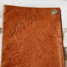 Coleccionismo: ANTIGUA CARTERA DE PIEL DE LA FIRMA COMERCIAL CARROCERIAS ARYBEGA. Lote 167609840