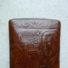 Coleccionismo: MUY ANTIGUA PETACA TABACO- MANOLETE - UBRIQUE. Lote 169205560