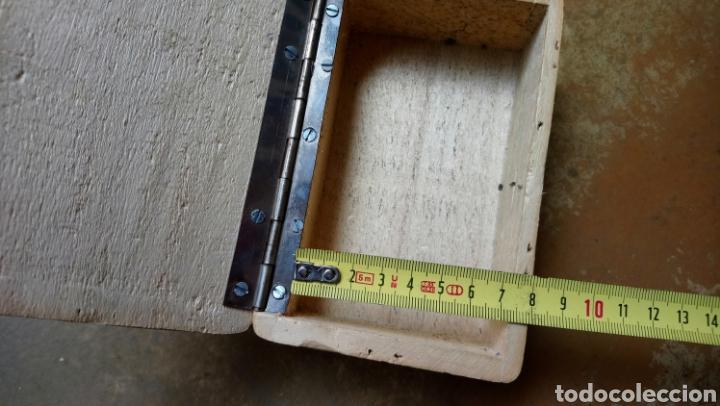 Coleccionismo: Antigua y original caja de madera del partido comunista de salamanca, varios marcajes - Moscu 85 - Foto 5 - 169387436