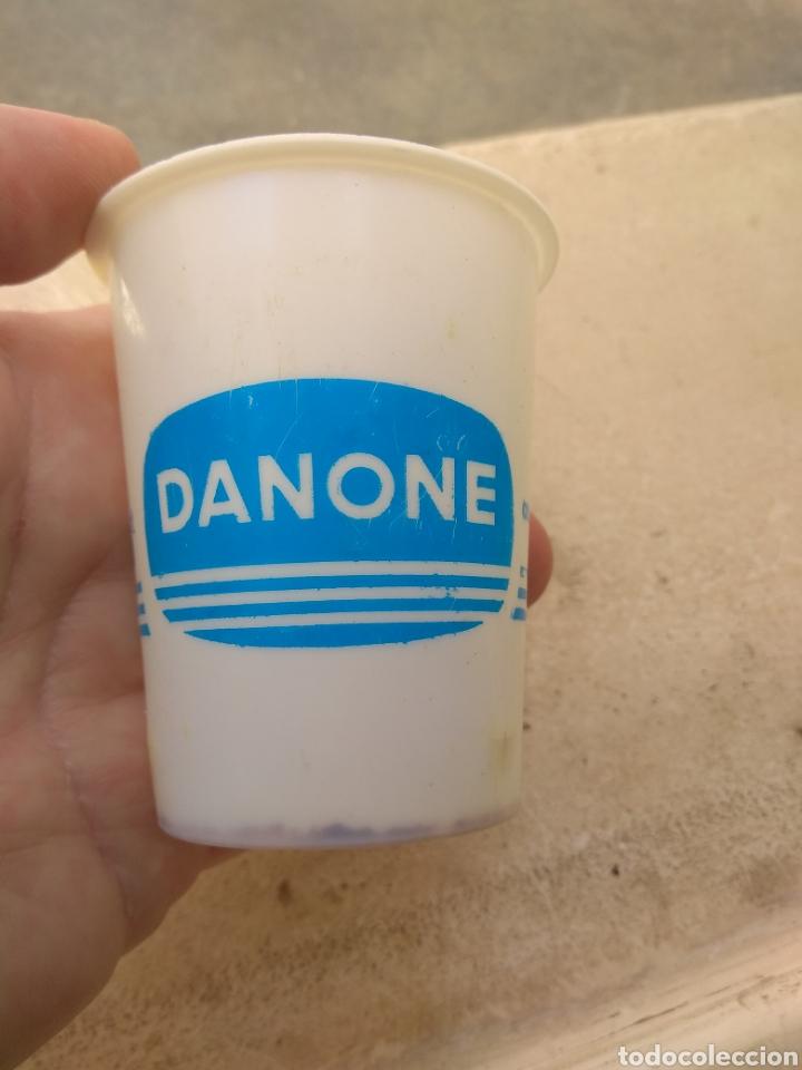 Coleccionismo: Antiguo Vaso de Danone Natural - Modelo Raro - - Foto 3 - 170862935