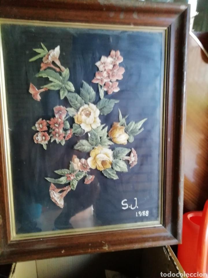 Coleccionismo: Cuadro de flores S. J. 1988. FLORES ENTRELAZADAS - Foto 3 - 171453625