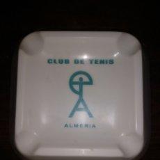 Coleccionismo: CENICERO CLUB DE TENIS ALMERÍA PLÁSTICO SIN USO. Lote 172074819