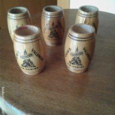 Coleccionismo: LOTE DE 5 PALILLEROS DE MADERA, CAFÉS CÚSPIDE, VALENCIA. Lote 172429924