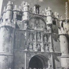 Coleccionismo: BURGOS ARCO DE SANTA MARIA ANTIGUA LAMINA HUECOGRABADO AÑOS 50. Lote 175171052