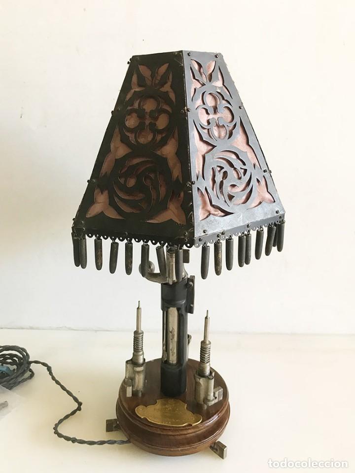 Coleccionismo: ORIGINAL LAMPARA DE SOBREMESA ARTESANAL COMPUESTA DE PIEZAS MAUSER - Foto 3 - 175733825
