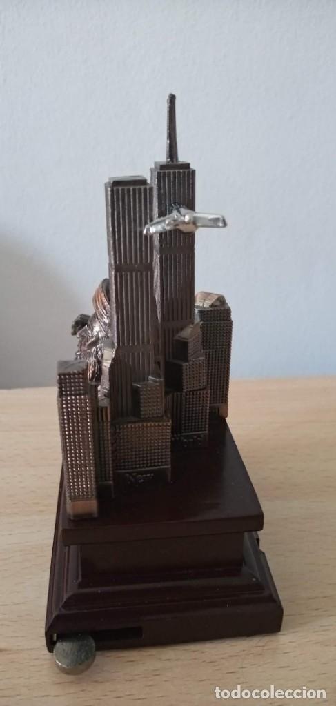 Coleccionismo: Miniatura souvenir Torres Gemelas World Trade Center Bin Laden - Foto 2 - 177282054