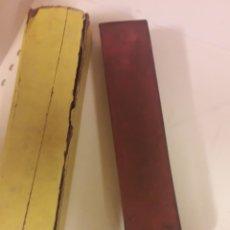 Coleccionismo: ANTIGUO SUAVIZANTE AFILADOR DE NAVAJA DE BARBERO. Lote 178233130
