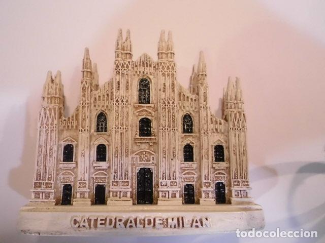 REPLICA EN RESINA - CATEDRAL DE MILAN - EN CAJA ORIGINAL (Coleccionismo - Varios)