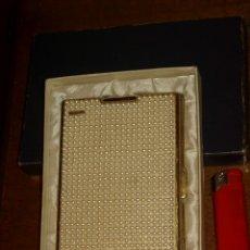 Coleccionismo: BONITA PITILLERA DE MUJER CON MECHERO.AÑOS 60-70.. Lote 179106316