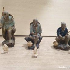 Coleccionismo: TRES FIGURAS DE PESCADORES CHINOS. Lote 179207166
