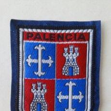 Coleccionismo: ESCUDO PARCHE BORDADO TELA FIELTRO SOUVENIR PALENCIA CASTILLA LEÓN. Lote 179556650