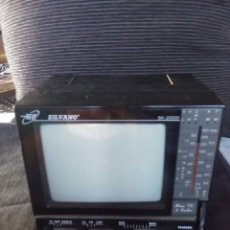 Coleccionismo: TELEVISOR PORTÁTIL SILVANO SK2000. TV-RADIO.. Lote 180010878