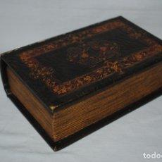 Coleccionismo: CIGARRERA EN FORMA DE LIBRO . Lote 180135077
