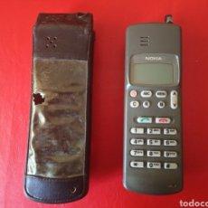 Coleccionismo: TELÉFONO ANTIGUO NOKIA CON FUNDA. Lote 180882836