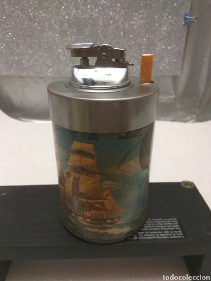 TABACO CIGARRERA EXPENDEDORA CON MECHERO ENCENDEDOR (Coleccionismo - Objetos para Fumar - Otros)