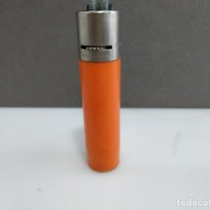 Coleccionismo: ANTIGUO MECHERO CLIPPER REGULABLE NARANJA . Lote 183659831