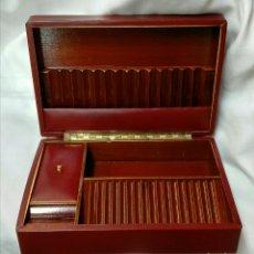 Coleccionismo: CAJA PARA CIGARRILLOS Y PUROS. Lote 206256400