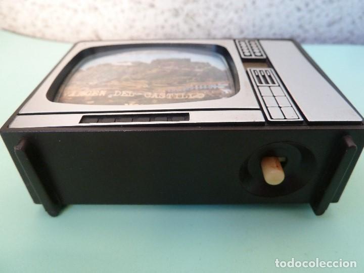 Coleccionismo: ANTIGUO VISOR DE IMAGENES FORMATO TV-VIRGEN DEL CASTILLO·MONTANCHEZ-(SOUVENIR) - Foto 3 - 187089855