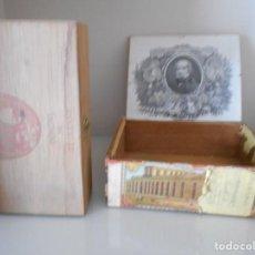 Coleccionismo: CAJAS ANTIGUAS DE TABACO-PUROS. Lote 187098290
