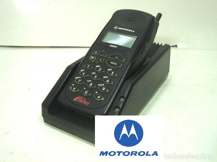 ANTIGUO CARGADOR ADAPTADOR - SOBREMESA PARA TELEFONO MOVIL MOTOROLA - BATERIA (Coleccionismo - Varios)