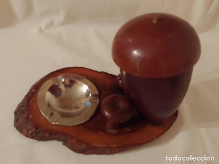 Coleccionismo: Antigua cigarrera de madera de olivo en forma de bellota con cenicero - Foto 2 - 190151852