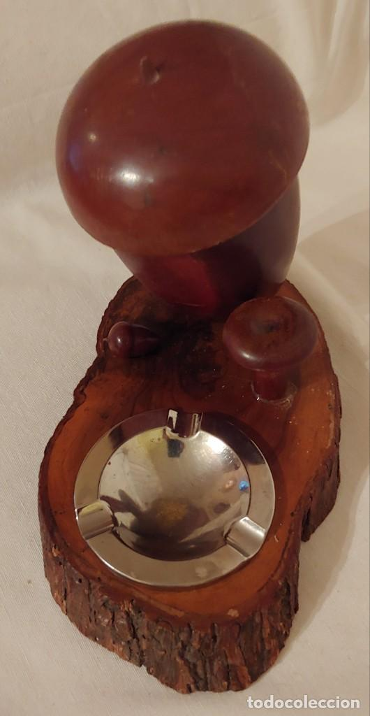 Coleccionismo: Antigua cigarrera de madera de olivo en forma de bellota con cenicero - Foto 3 - 190151852