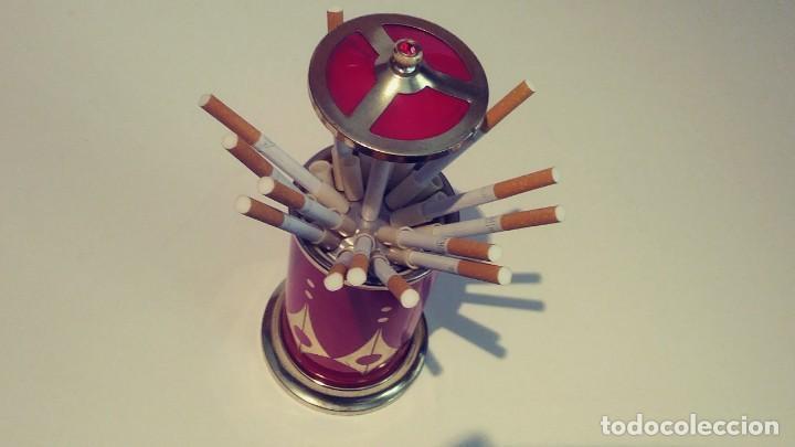 Coleccionismo: Cigarrera de aluminio roja con musica - Foto 4 - 190881621