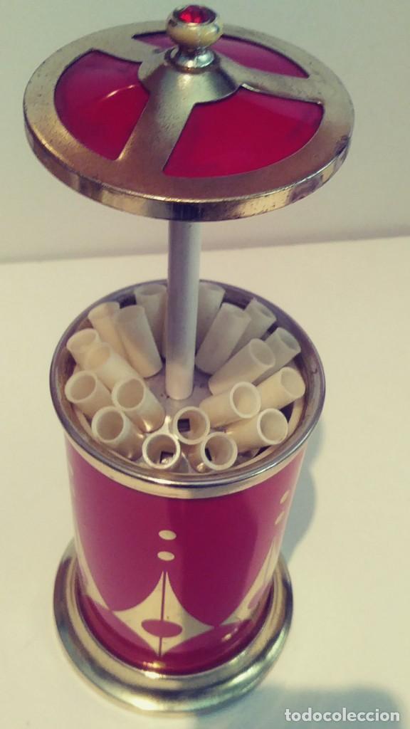 Coleccionismo: Cigarrera de aluminio roja con musica - Foto 6 - 190881621