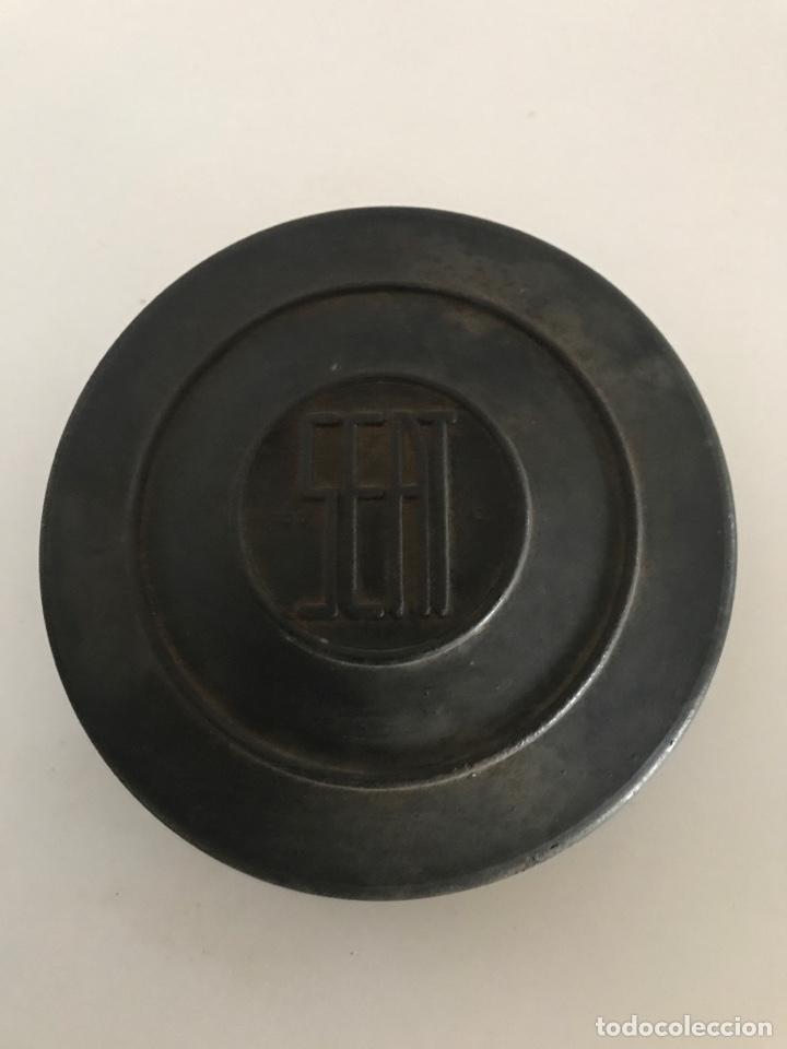 Coleccionismo: Lamparas recambio original seat 1400 - Foto 2 - 190917756
