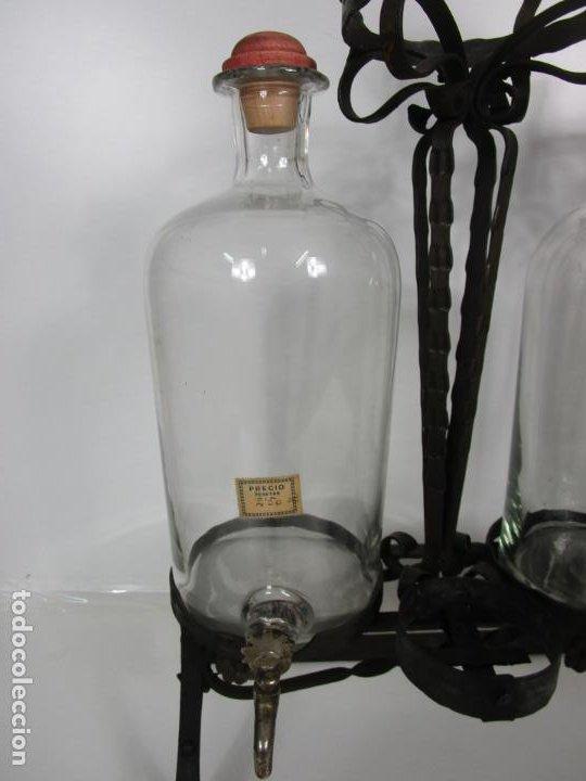 Coleccionismo: Perfumes Anglada, Barcelona - Precioso Soporte Modernista - Botellas Cristal con Grifo - Años 20 - Foto 5 - 191483196