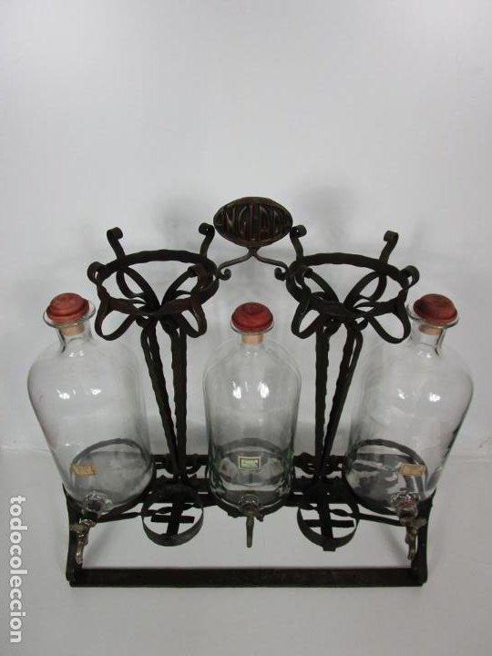 Coleccionismo: Perfumes Anglada, Barcelona - Precioso Soporte Modernista - Botellas Cristal con Grifo - Años 20 - Foto 15 - 191483196