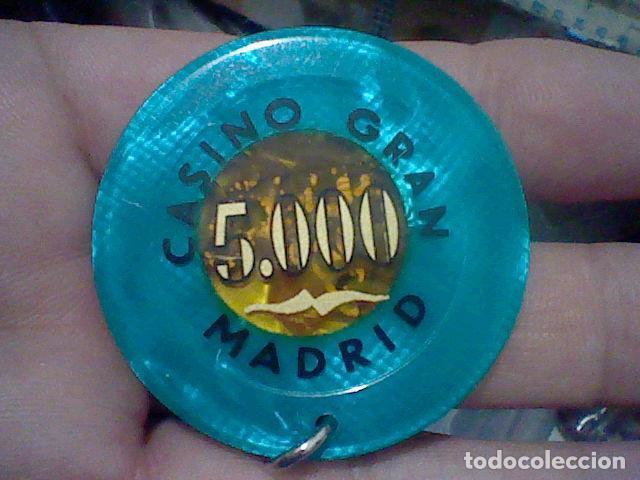 GRAN CASINO MADRID FICHA 5000 PTS HECHA LLAVERO TRASLUCIDO 5 CMS APROX (Coleccionismo - Varios)