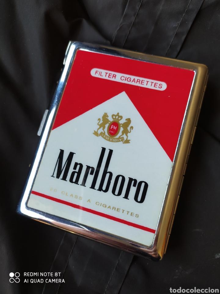 PITILLERA CON MECHERO MARLBORO (Coleccionismo - Objetos para Fumar - Otros)
