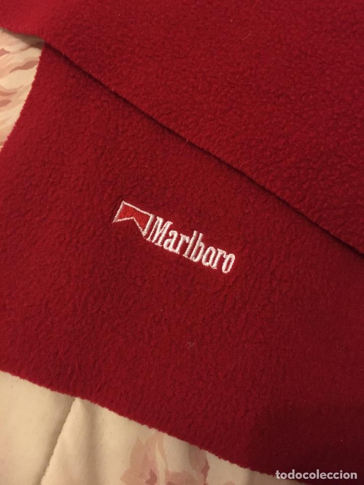 Coleccionismo: Marlboro bufanda roja - Foto 2 - 194235682