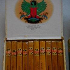 Coleccionismo: CAJA DE PUROS HABANOS CUBA LOS STATOS DE LUXE (( 10 SELECTOS )) COMPLETA MUY BUEN ESTADO . Lote 194276331
